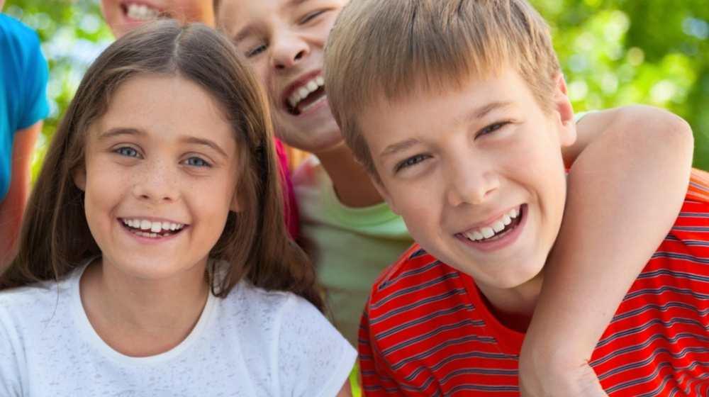 jóvenes estudiantes de inlingua Andorra Juniors y Bubbles