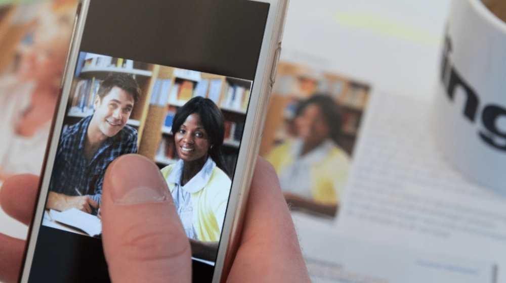 Smartphone inlingua Andorra Realidad Virtual RV